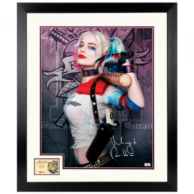 Margot Robbie Autographed Suicide Squad Harley Quinn Photo